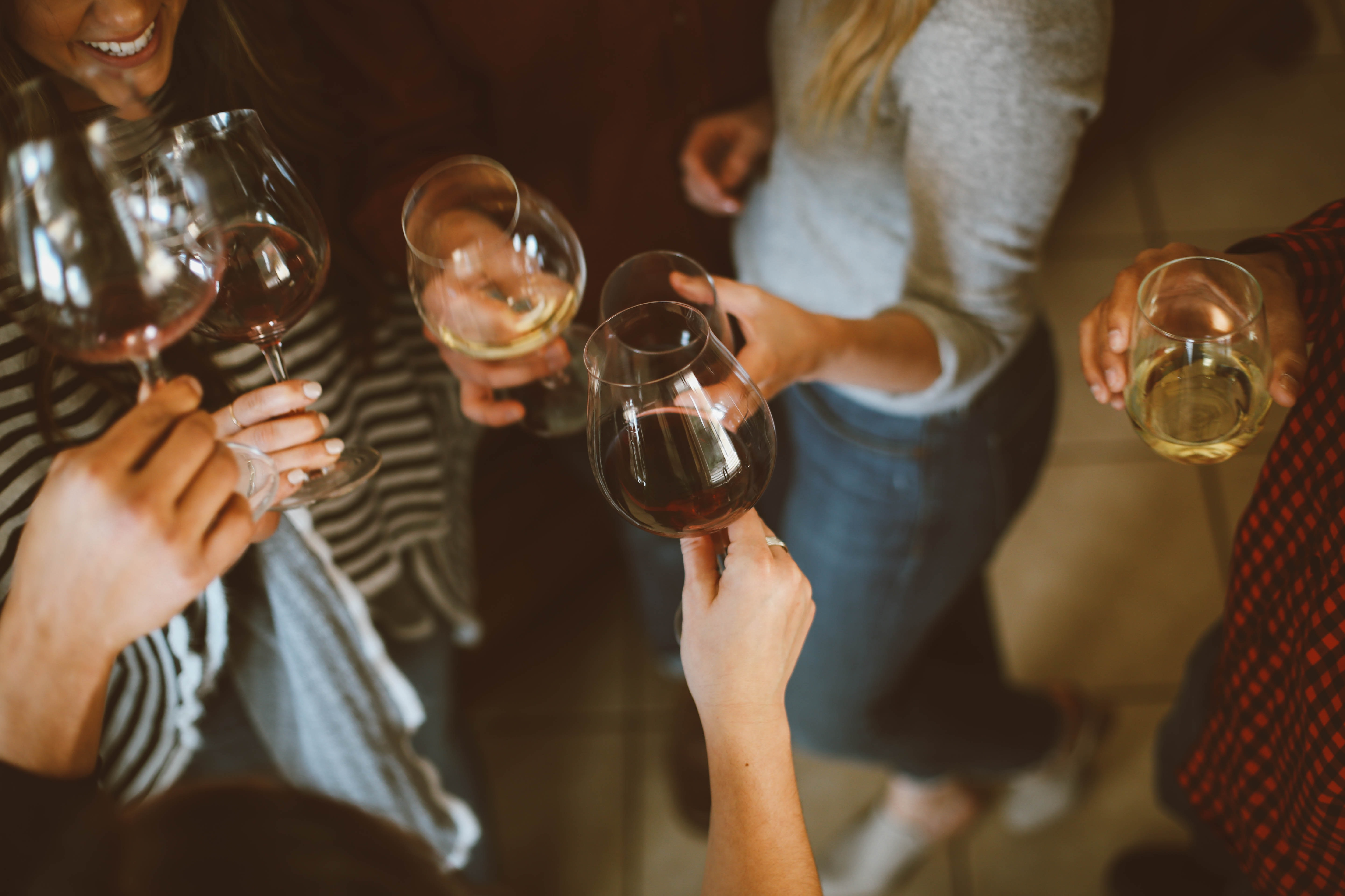 World Health Organization suggests women aged 18 to 50 should stop drinking alcohol - Med Lifestyle.